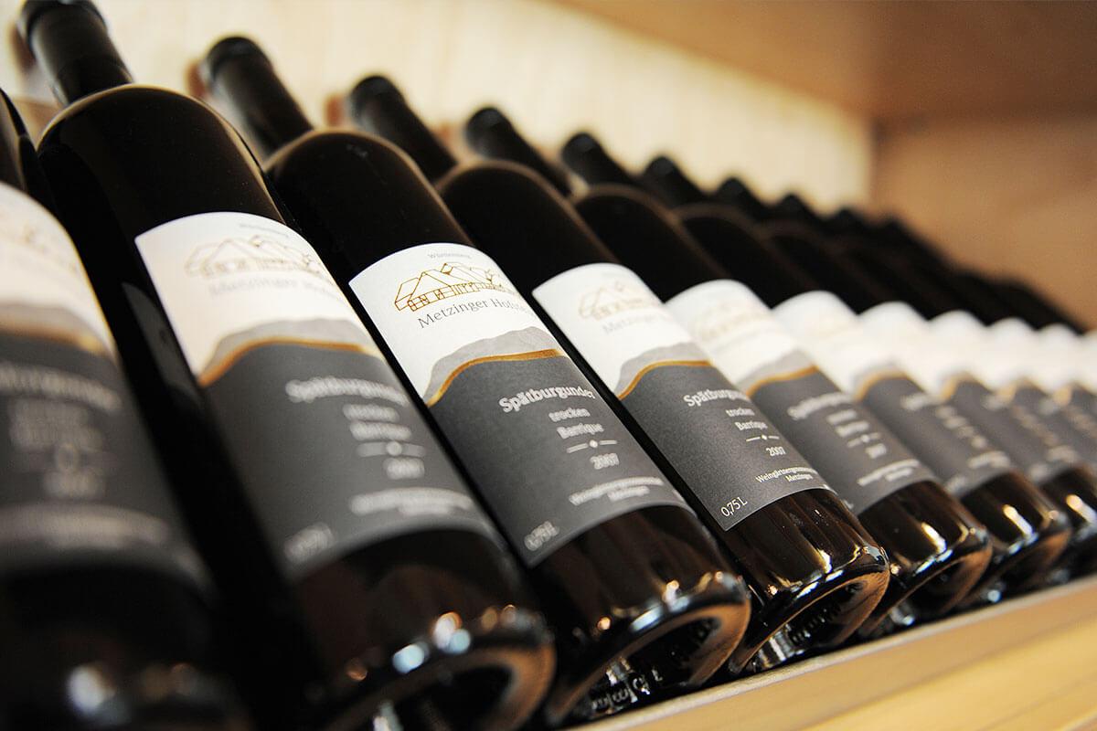 Weinflaschen Metzinger Wein
