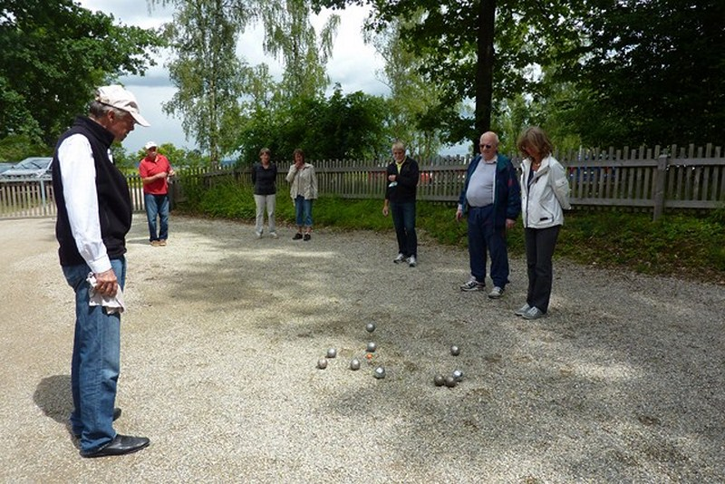 Boule-Spiel am Forsthof
