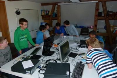 Unsere Kids beim Programmieren