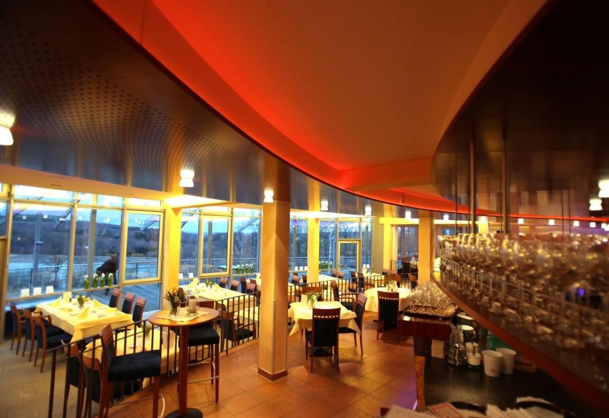 Lichtspiel_im_Restaurant