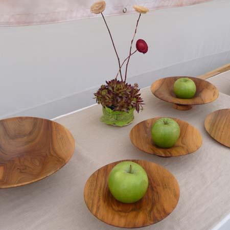 Holzschalen auf dem Kunstmarkt in Metzingen