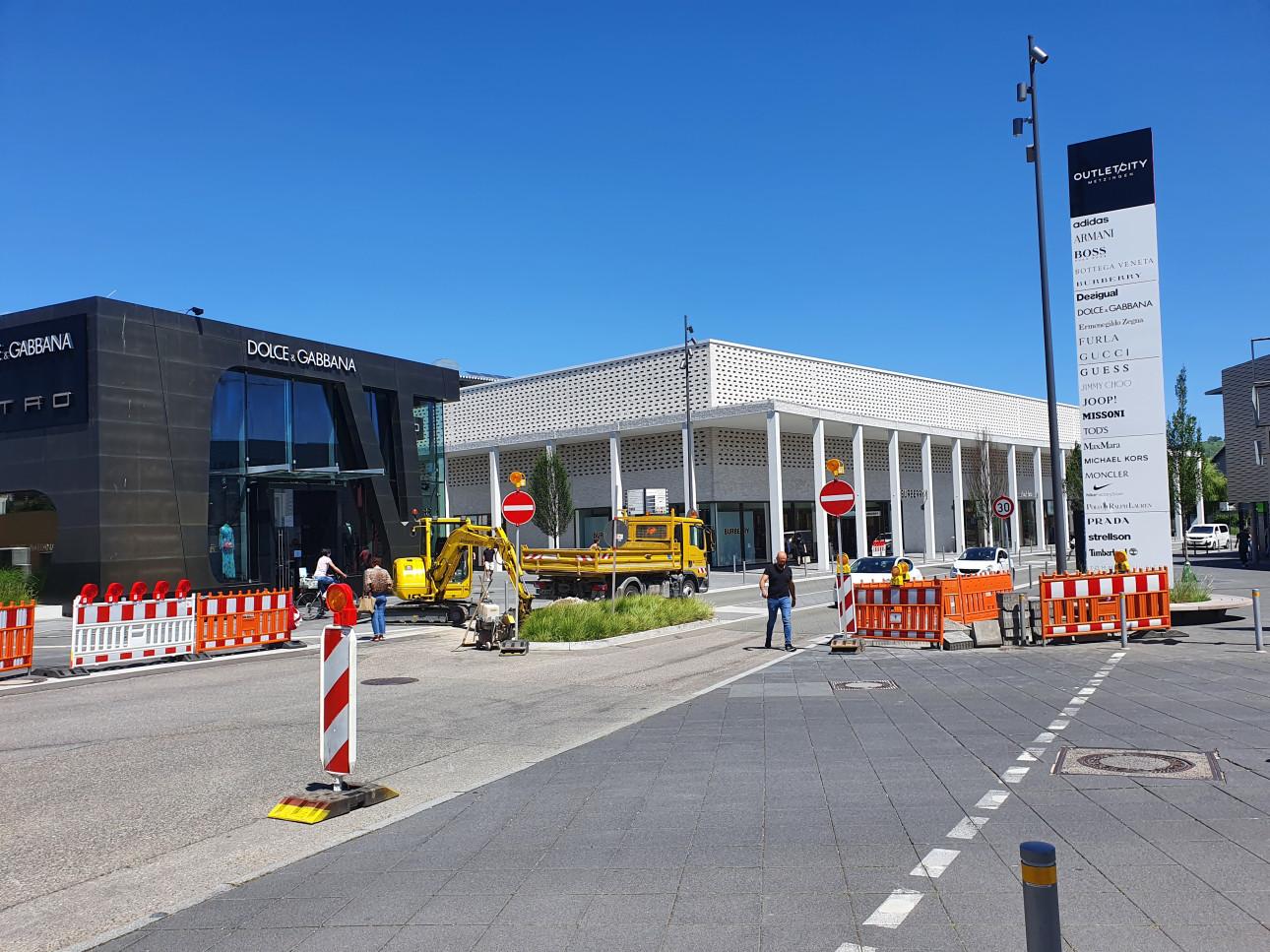 Bild Sperrung Reutlinger Straße 2