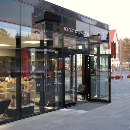 Touristinfo Metzingen Lindenplatz